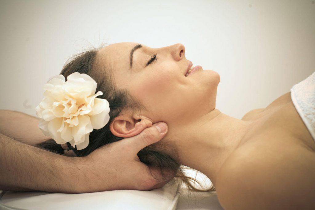 therapeute massage nuque
